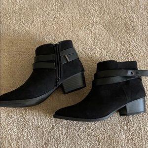 Lauren Conrad Black Ankle Boots Size 7